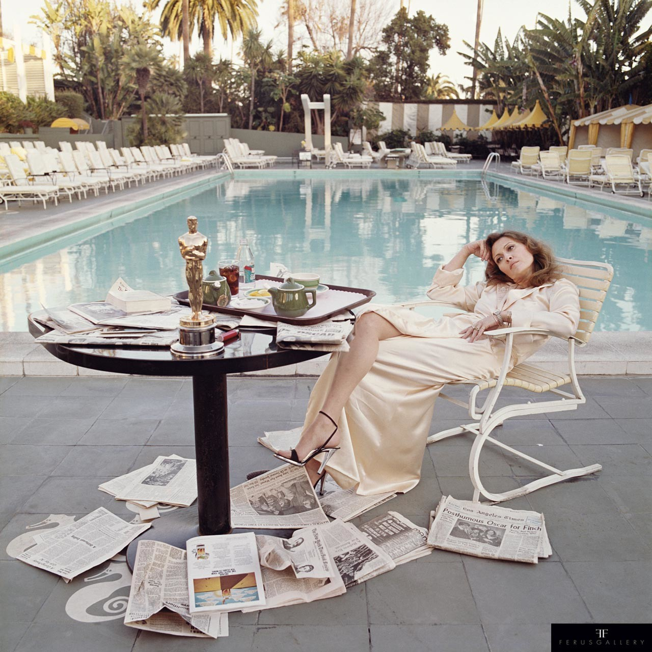 Faye Dunaway by Terry O'Neill © Terry O'Neill / Iconic Images