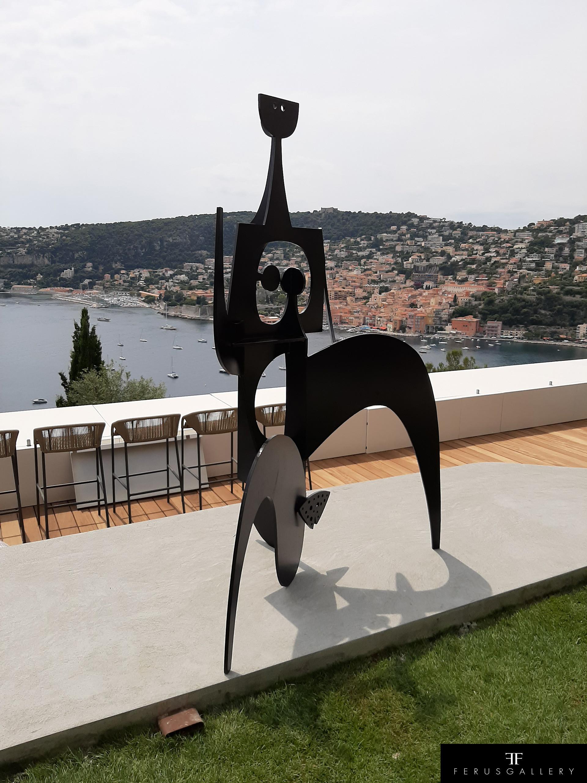 La Marathonienne de Philippe Hiquily installée dans une villa à Villefranche-sur-Mer